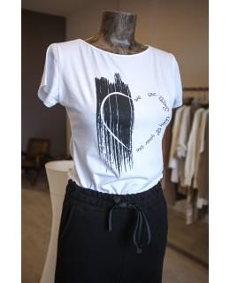 Тениска черна боя